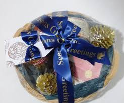 How To Make A Gift Basket How To Shrink Wrap A Christmas Hamper Neelam Meetcha Gift