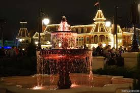 photos after dark in the new main street plaza gardens at the