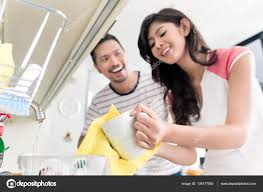 vaisselle petit dejeuner asiatique laver la vaisselle après le petit déjeuner u2014 photo