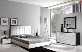 Two Tone Gray Walls by Bedroom Breathtaking Modern Bedroom Decoration Using Mirrored