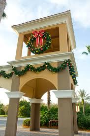 wreaths outdoor design decorating ideas