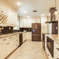 pictures of off white kitchen cabinets antique white cabinets off white kitchen cabinets vanities