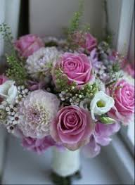 wedding flowers east sussex rosehip floral greenwood newick east sussex