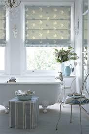 bathroom blind ideas best 25 bathroom blinds ideas on blinds for bathrooms