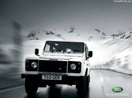 land rover experience defender land rover defender 1024 x 768 wallpaper