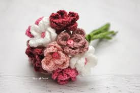 bouquets of flowers crochet flower bouquet repeat crafter me
