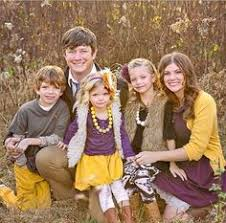 colors for family pictures ideas fall family pictures color scheme ugggghhhhh this family again