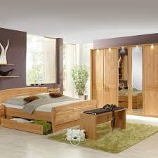 Schlafzimmer Mit Metallbett Doppelbett Bordana Aus Erle Mit Bettkasten Pharao24 De