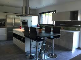 cuisine blanche avec ilot central cuisine equipee blanche cuisine blanche avec ilot central et