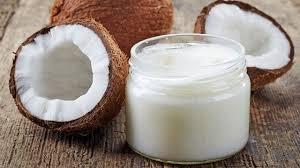 huile de noix de coco cuisine tout sur l huile de noix de coco bienfaits risques calories