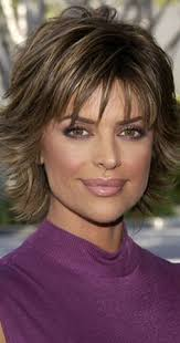 how to get lisa rinna s haircut step by step button down denim look lisa rinna looks denim button down