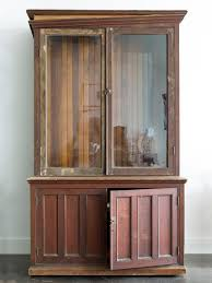 How To Antique Furniture by How To Refinish An Antique Bookcase Hgtv