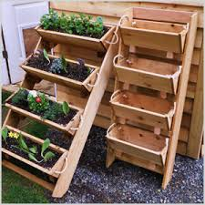unique flower bed and vegetable garden ideas