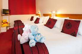 Family Hotels Westport Hotels With Family Rooms Westport Clew - Hotel with family room