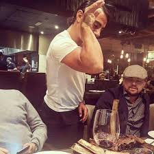 the salt bae meme guy seasoned leonardo dicaprio s steak the