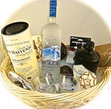 liquor gift baskets wine chagne liquor gift baskets ready for delivery to