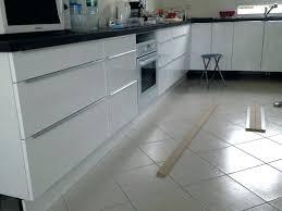 hauteur plinthe cuisine plinthe cuisine design de maison