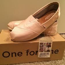 petal grosgrain toms 35 toms shoes new toms petal grosgrain classics size 8