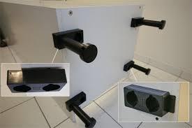 fixer meuble haut cuisine superbe fixation meuble haut cuisine ikea 6 fixation des pieds