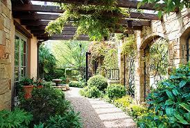 tuscan garden design ideas 25 trending tuscan garden ideas on