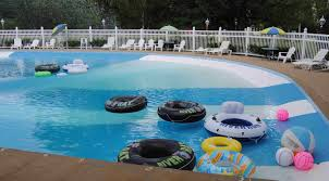 Cottages To Rent With Swimming Pools by Affordable Motel Cottage Lodging Near Storyland Sky Valley Motel