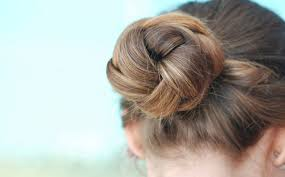 doctors and work hairstyles the 10 best hairstyles for nurses scrubs the leading lifestyle