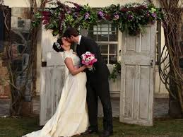 How To Make A Chuppah How To Build A Wedding Arch And Chuppa On A Budget Video Hgtv