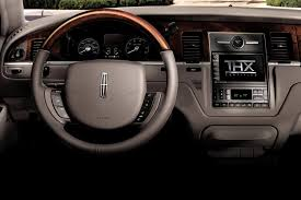 2008 lincoln town car overview cars