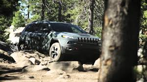 trailhawk jeep logo jeep cherokee trailhawk u2013 engineered to overcome badge of honor