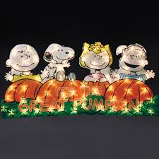 Peanuts Outdoor Halloween Decorations by 27 Best Yard Art Fall Halloween Images On Pinterest Charlie
