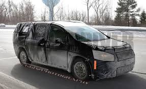 2017 chrysler town u0026 country spied again more details emerge