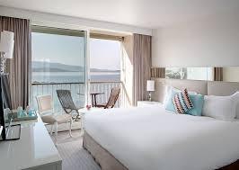 chambre des m騁iers ajaccio chambre classique avec vue sur la mer et lit king size mybed