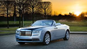 rolls royce dawn blue 2017 rolls royce dawn inspired by pearling tradition review