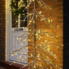 1 8m downswept snow twig tree with 240 warm white leds