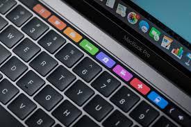macbook pro late2016 review adam touchbar maps 100693236 orig jpg