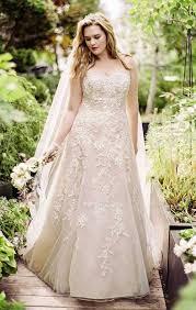 plus size blush wedding dresses 34 jaw dropping plus size wedding dresses weddingomania