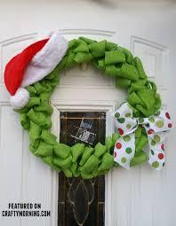 christmas burlap wreaths grinch stole christmas burlap wreath crafty morning