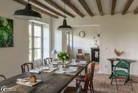 mobilier de bistrot chez marie du sordet table à manger réalisée avec de grandes