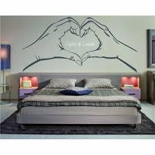 pochoir pour mur de chambre dessin sur mur de chambre adulte