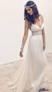 grecian style wedding dresses 30 flowing grecian styled wedding dresses chiffon wedding