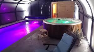 spa dans la chambre chambre d hôtes la grande oasis b b et spa chambres d hôtes grazac