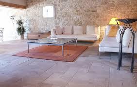 naturstein wohnzimmer natursteine antike fliesen für ihr wohnzimmer topceramic