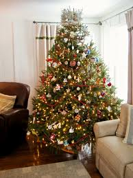 decorate a christmas tree with colored lights christmas lights