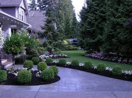 Flower Bed Ideas For Backyard Flower Bed Edging Ideas Pictures Small And Green Flower Bed