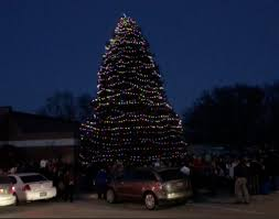150 turn out for auburn tree lighting b103 and otoe
