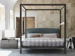 letto baldacchino ari il letto a baldacchino firmato flou