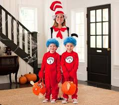 want your to coordinating costumes on here