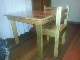 Woodworking Plans For Childrens Table And Chairs by Children U0027s Table U0026 Chairs U2022 1001 Pallets