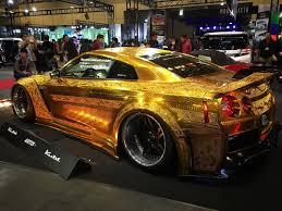 nissan gtr vs bmw x6m 金ピカgt r r35gt r gold metal paint customized by kuhl racing gtr