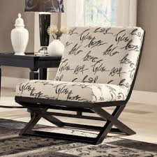 Jcpenney Accent Chairs Signature Design By Ashley Levon Showood Accent Chair Jcpenney